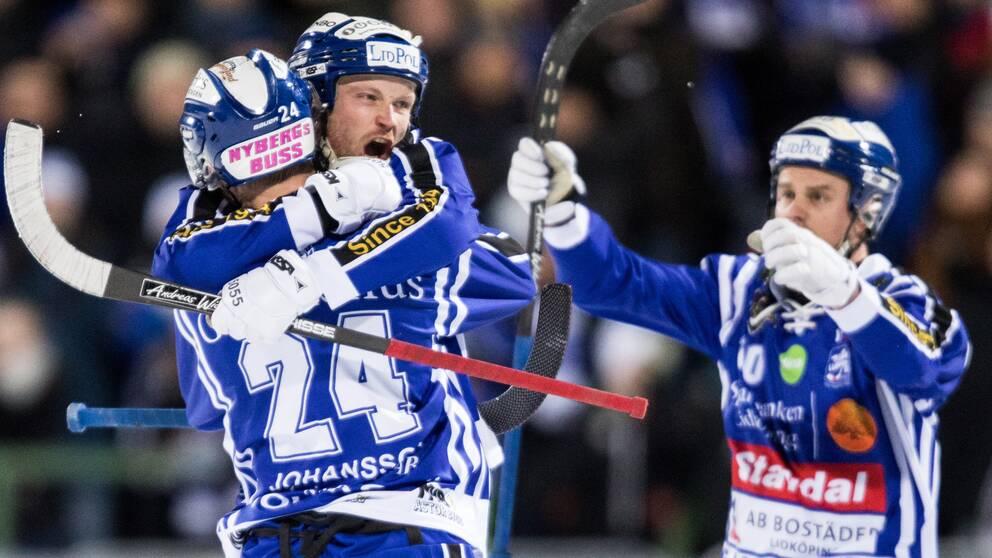 Villa Lidköping krossade Sirius och klev upp i serietopp.