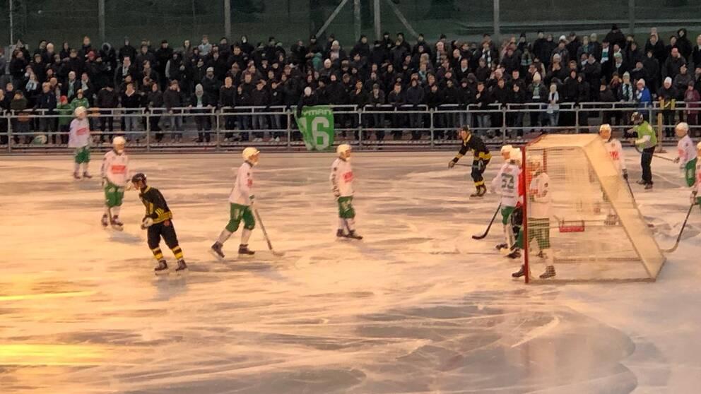 AIK och Hammarby i bandy på Östermalms IP