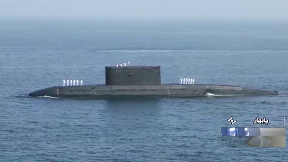 Skärmdump när Iransk statlig tv visar en ubåt som deltar i den Iransk-rysk-kinesiska miltärövningen som inleddes i Indiska oceanen och Omanbukten den 27 december 2019.