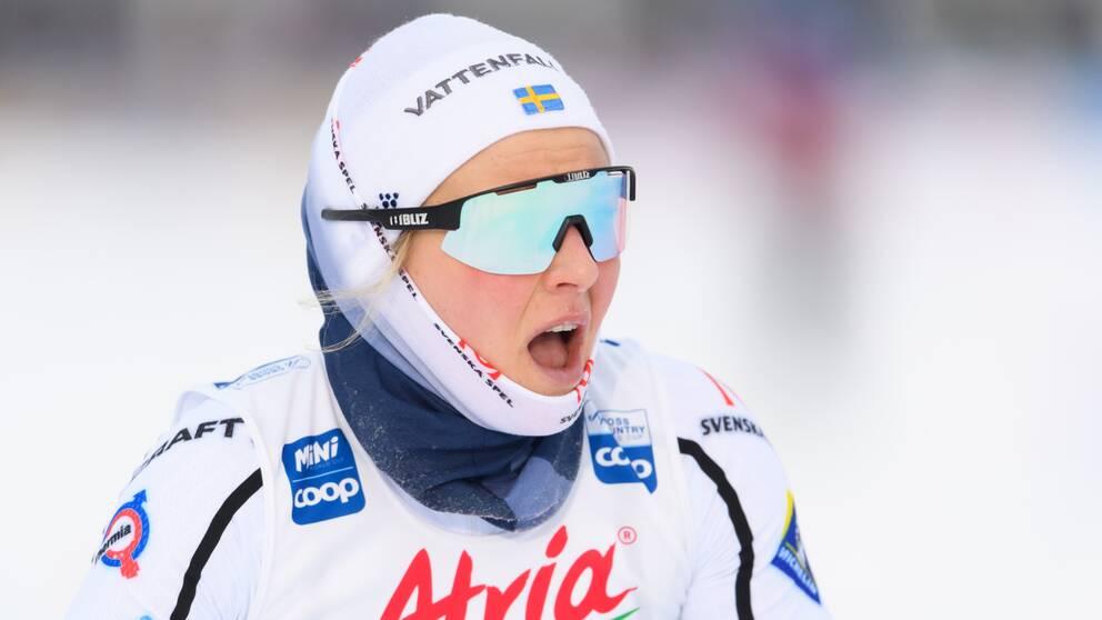 Stina Nilsson bryter touren.