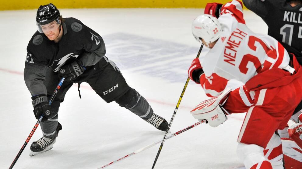 Patrik Nemeths Detroit Red Wings åkte i natt på en ny förlust mot Tampa Bay.