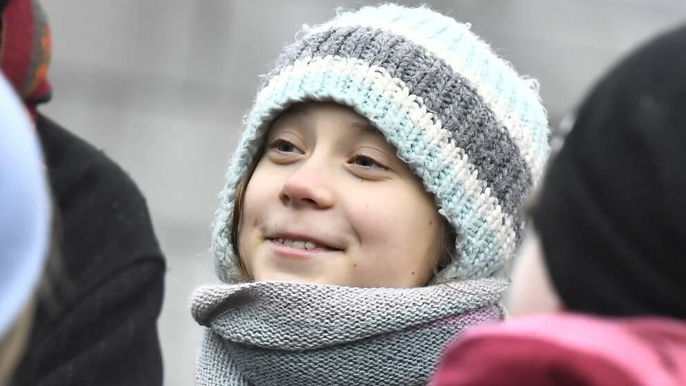 Greta Thunberg har åter igen skämtat till det genom sin Twitterprofil