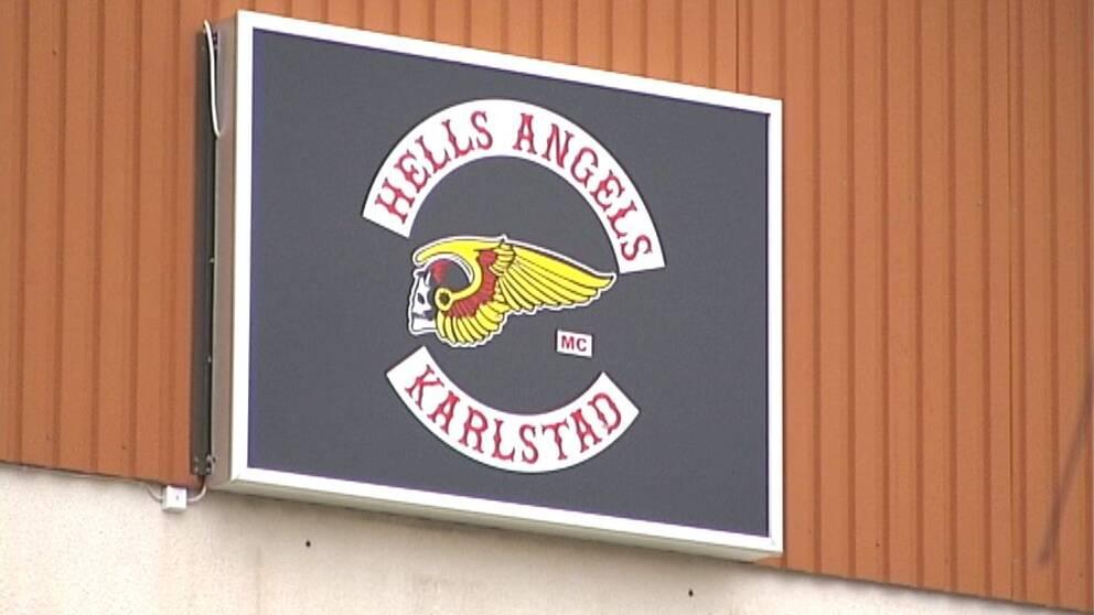 Bilder från polisens tillslag mot Hells Angels i Karlstad.
