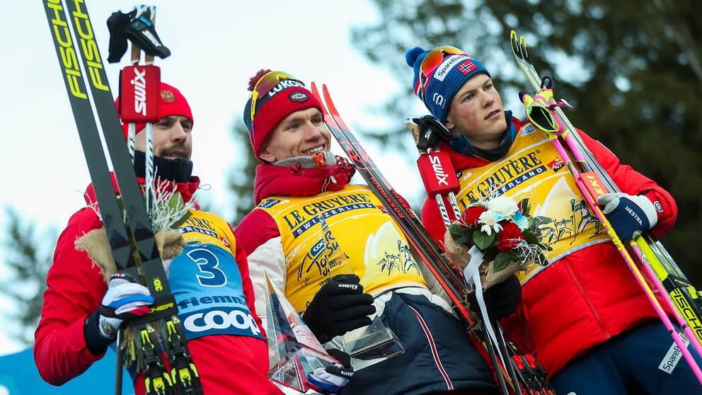Sergej Ustjugov, Alexander Bolsjunov och Johannes Hösflot Kläbo.