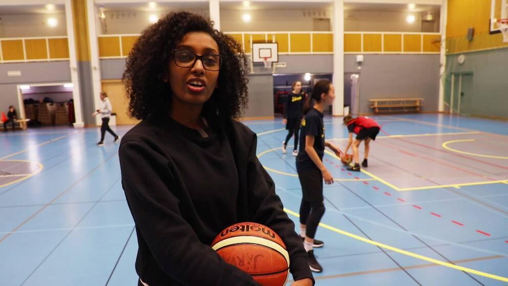 Mary Kassa, 19, är en av ledarna i BK Järva