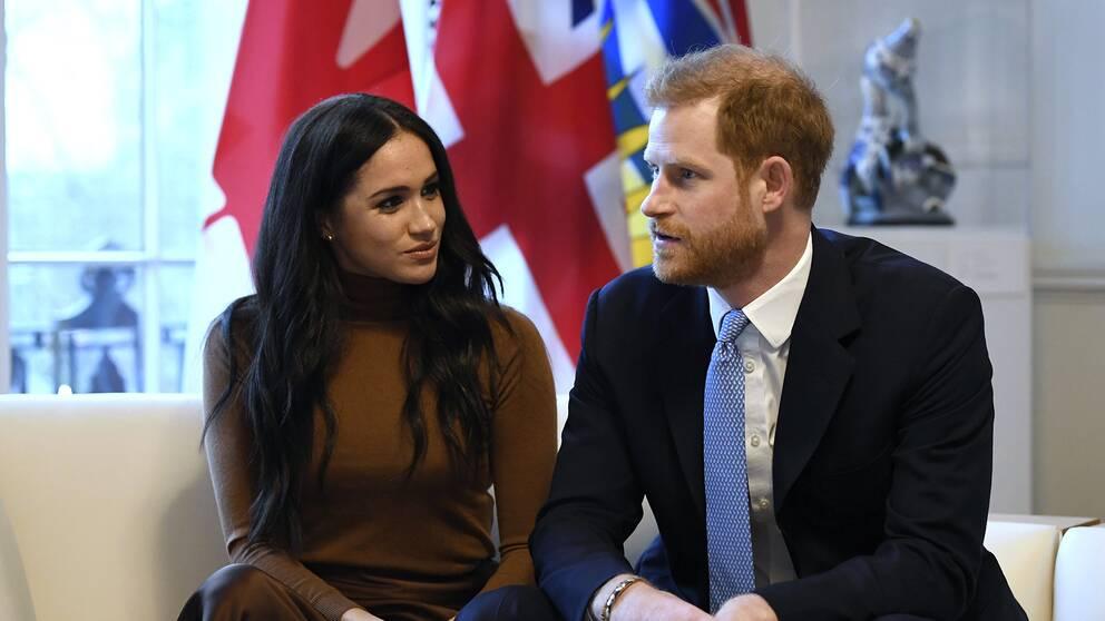 Prins Harry och hans fru Meghan.