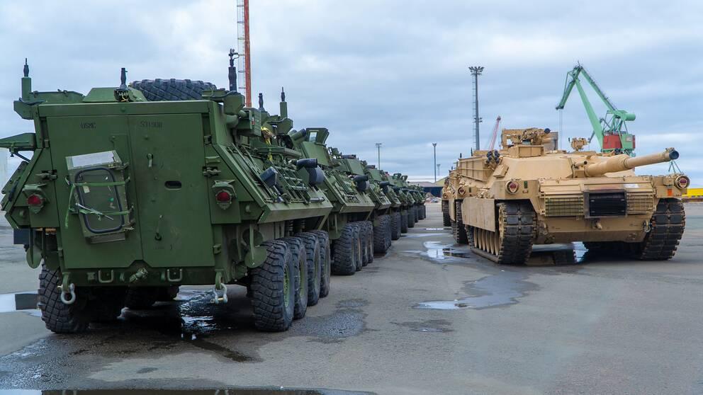 Några av amerikanska marinkårens stridsfordon har fraktats till Finland från bergsrum i Norge där de förhandslagras. Foto 2 maj 2019.