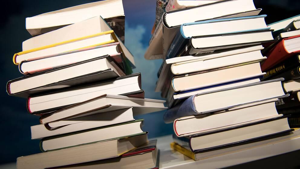 Travar med böcker