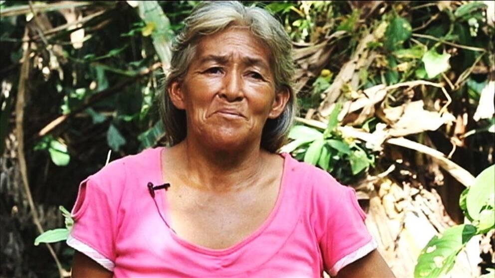 Inés Sánchez Díaz har tio barn och vill satsa på hushållsodlingar; en åtgärd som hon hoppas ska göra byns invånare mindre sårbara för de plötsliga väderväxlingarna som drabbar byarna på sistone.