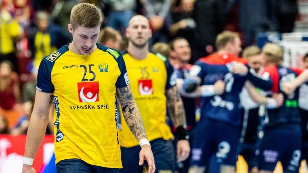 Linus Arnesson deppar efter förlusten mot Norge.
