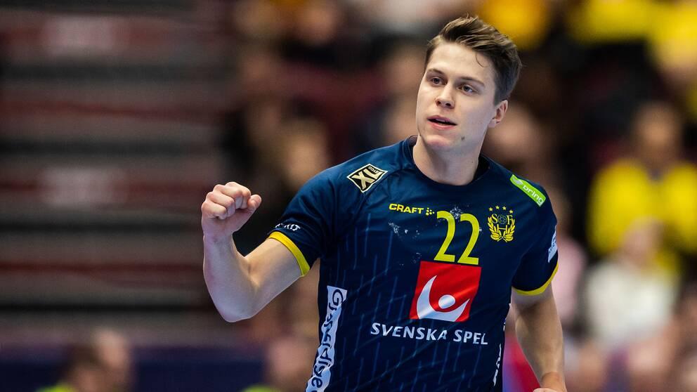 Lucas Pellas under handbolls-EM.