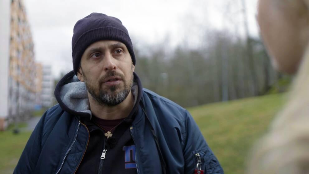 Rapartisten Dogge Doggelito i SVT:s Veckans brott.