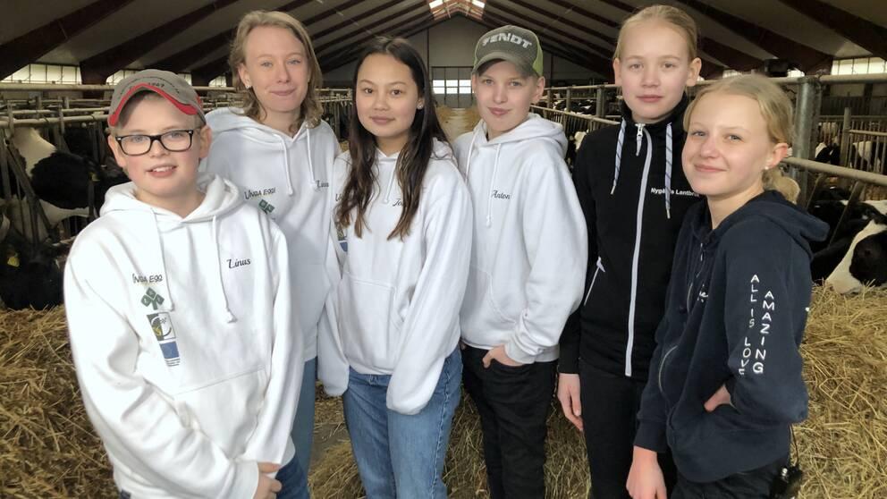 Linus, Linnea, Johanna, Anton, Signe och Emma har startat LRF Kickers.