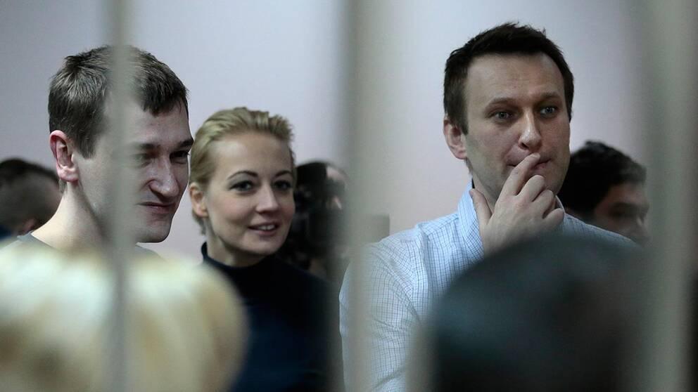 Oleg och Aleksej Navalnyj efter domen