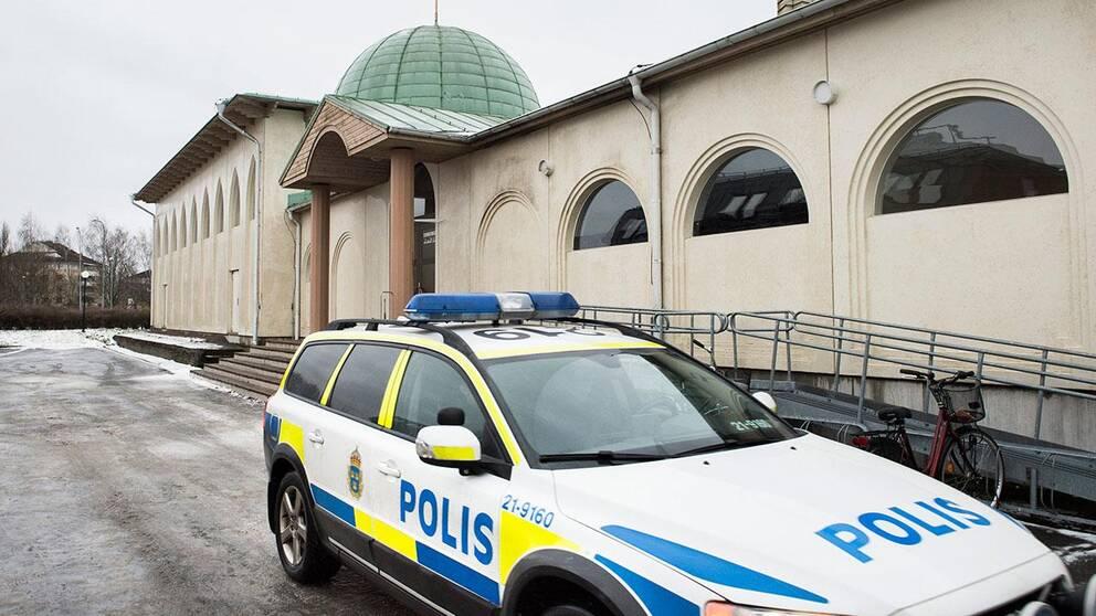 Moskén i Uppsala utsattes för en attack tidigt på nyårsdagen.