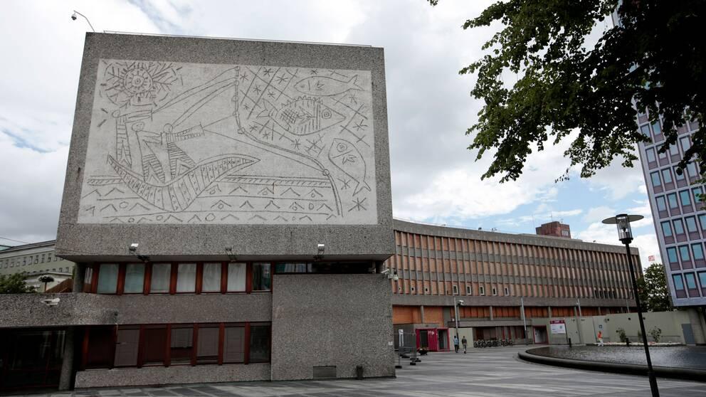 Y-blokka, med sina reliefer av bland annat Picasso, ska rivas.