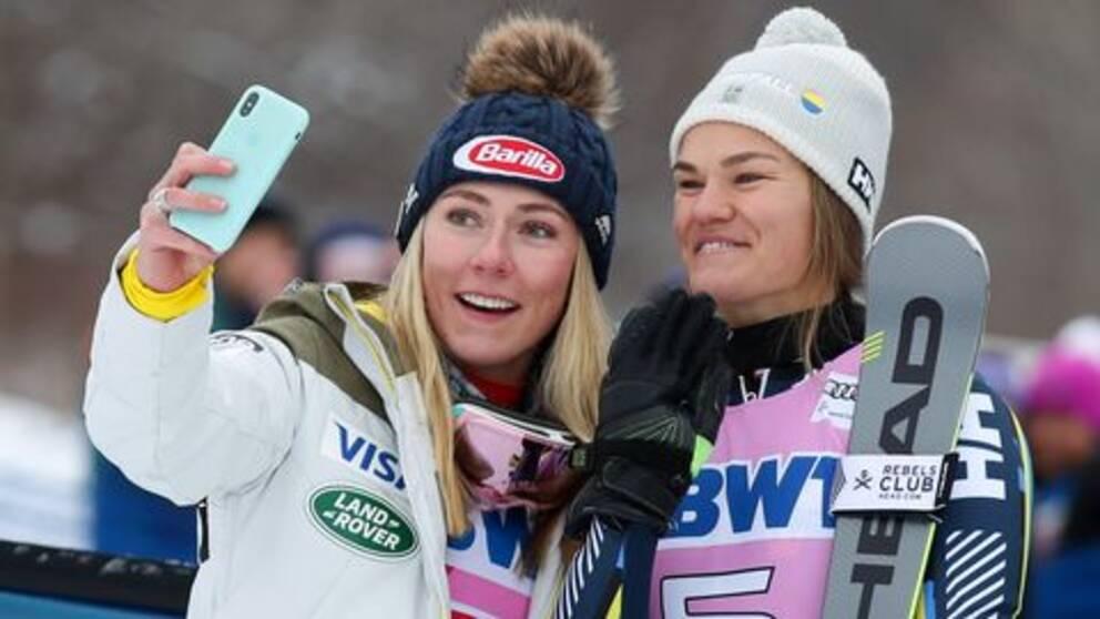 Mikaela Shiffrin och Anna Swenn Larsson.