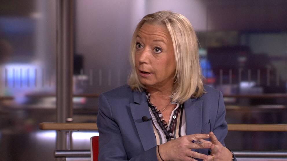 SVT:s politikreporter Elisabeth Marmorstein tror det finns en risk att bli besviken på resultaten av migrationskommittén.