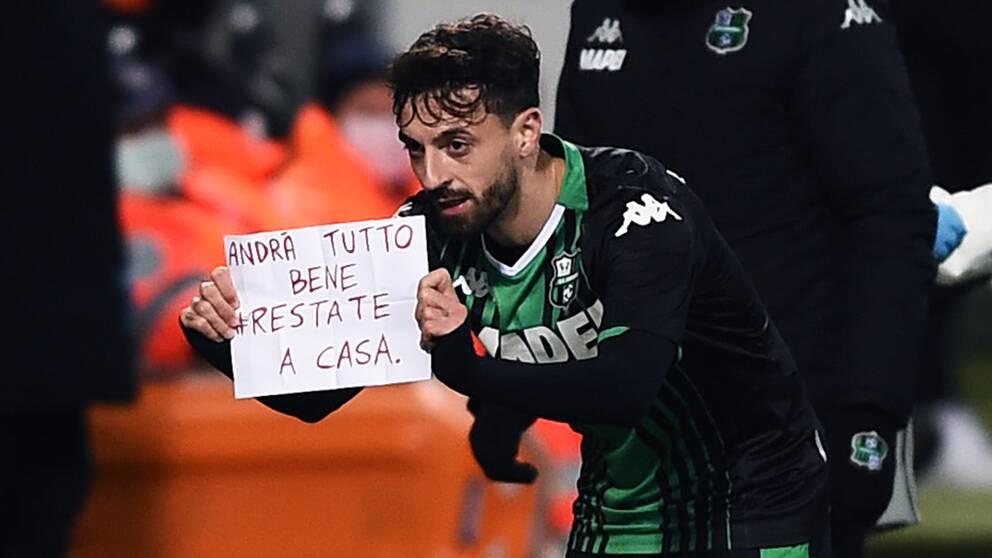 Efter att Francesco Caputo gjort mål för Sassuolo skickade han ett budskap till folket.
