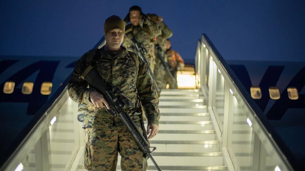 Amerikanska marinkårssoldater när de anlände till flygplatsen Evenes i Norge för att delta i militärövningen Cold Response 20.