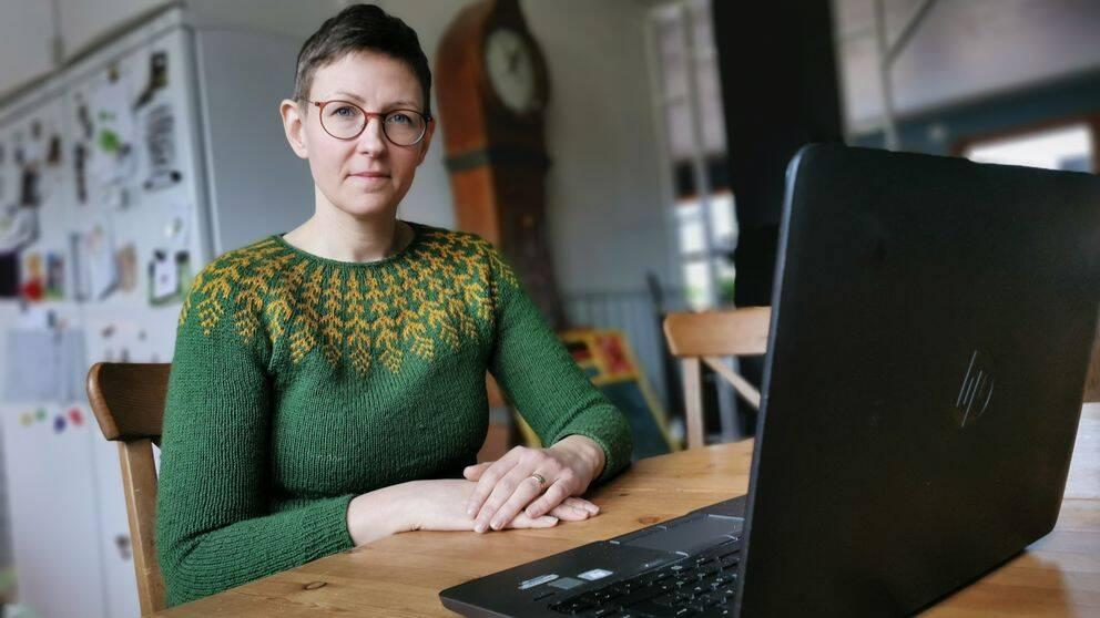 Emma Elfversson, undervisande forskare på institutionen för freds- och konfliktforskning