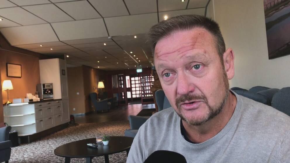 Peder Wiklund, hotellägare i Storuman som är bekymrad.