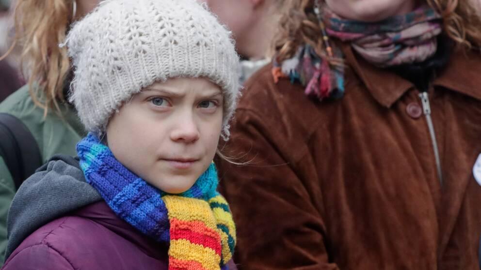 Greta Thunberg hade var i Tyskland och spelat in en dokumentär till BBC då hon misstänker att hon smittades av coronaviruset.
