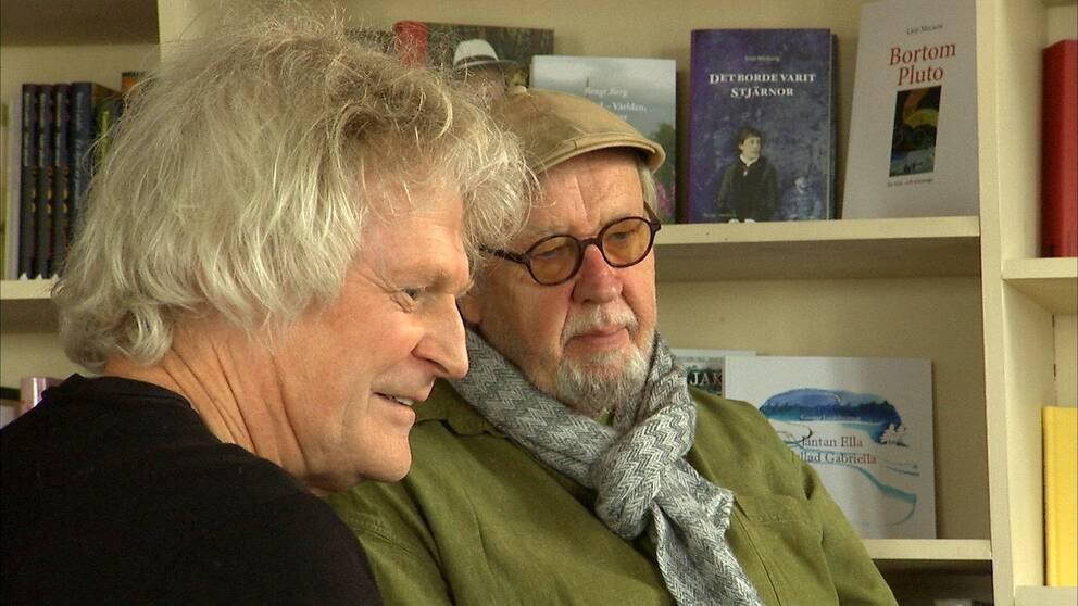 Två män i närbild, en poet en frilansfilmare.