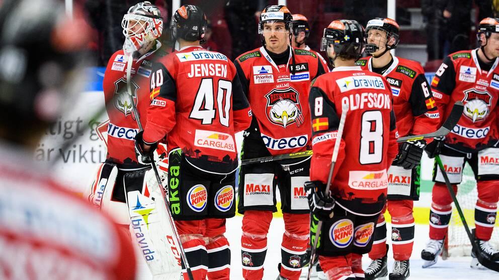 Malmö är en av klubbarna som permitterat spelare.