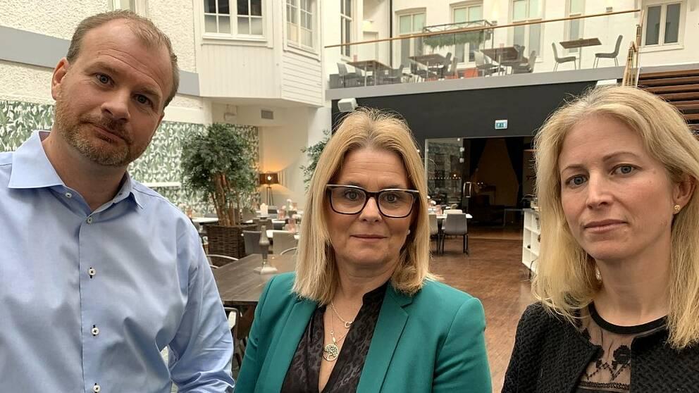 Hotelldirektörerna Henrik Sundquist, Lena Malmberg och Anna Sundenhammar