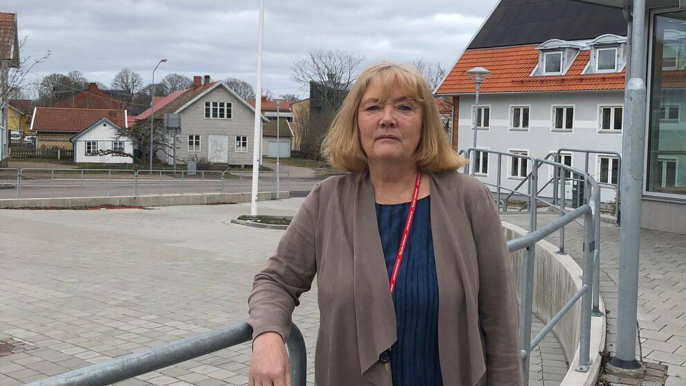 Hör medicinskt ansvarig sjuksköterska i Torsås, Ann-Britt Mårtensson, berätta om svårigheten att isolera de äldre helt från smittan.