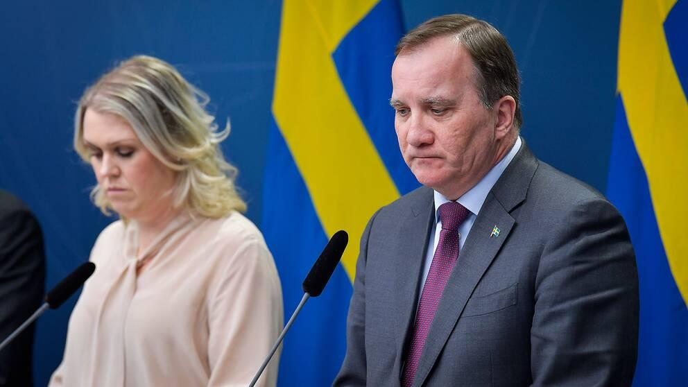 Statsminister Stefan Löfven (S) och Socialminister Lena Hallengren (S)