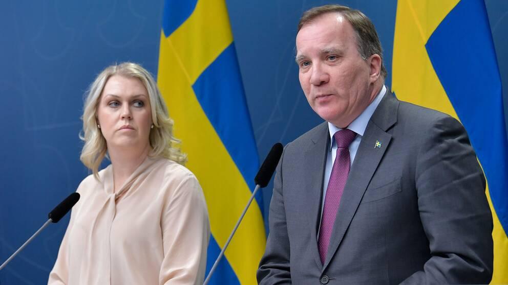 Socialminister Lena Hallengren och statsminister Stefan Löfven