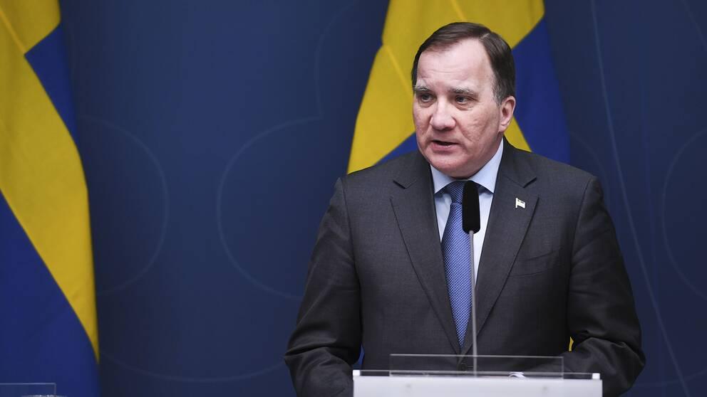 Statsminister Stefan Löfven (S) kommenterar vid en pressträff det nya riksdagsbeslutet om regeringens befogenheter.