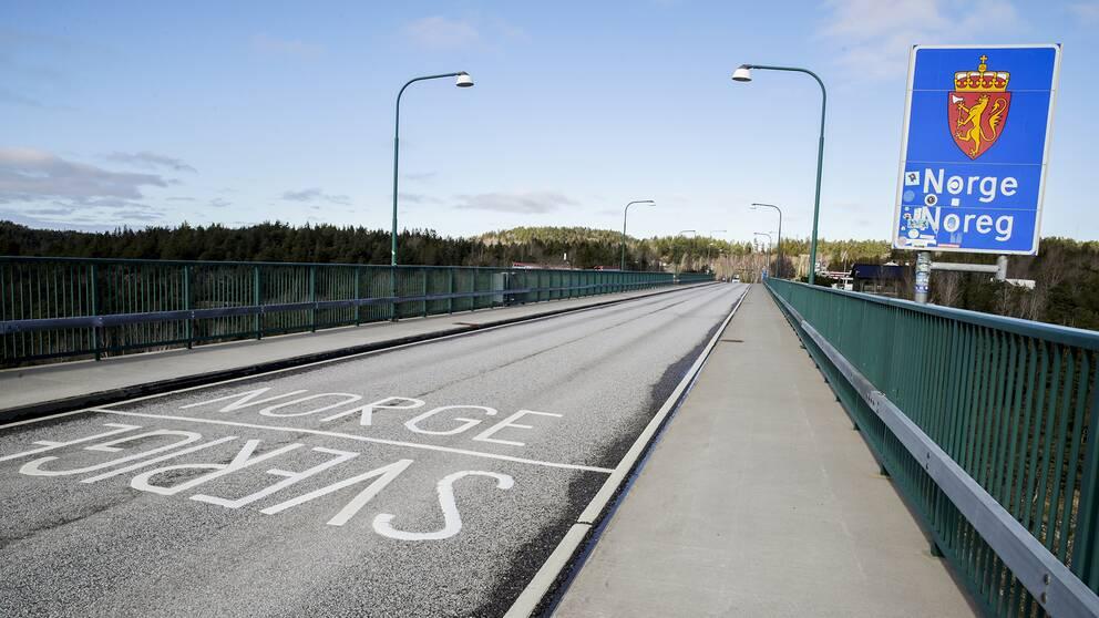 En tom gränsövergång mellan Norge och Sverige. Så verkar dock inte fallet helt ha varit under påskhelgen