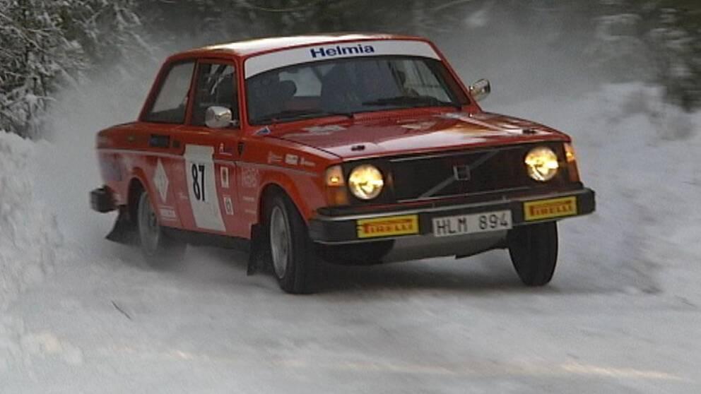 Bristen på vägar med snö ställer till det för rallyarrangören Rasbo Motorklubb.
