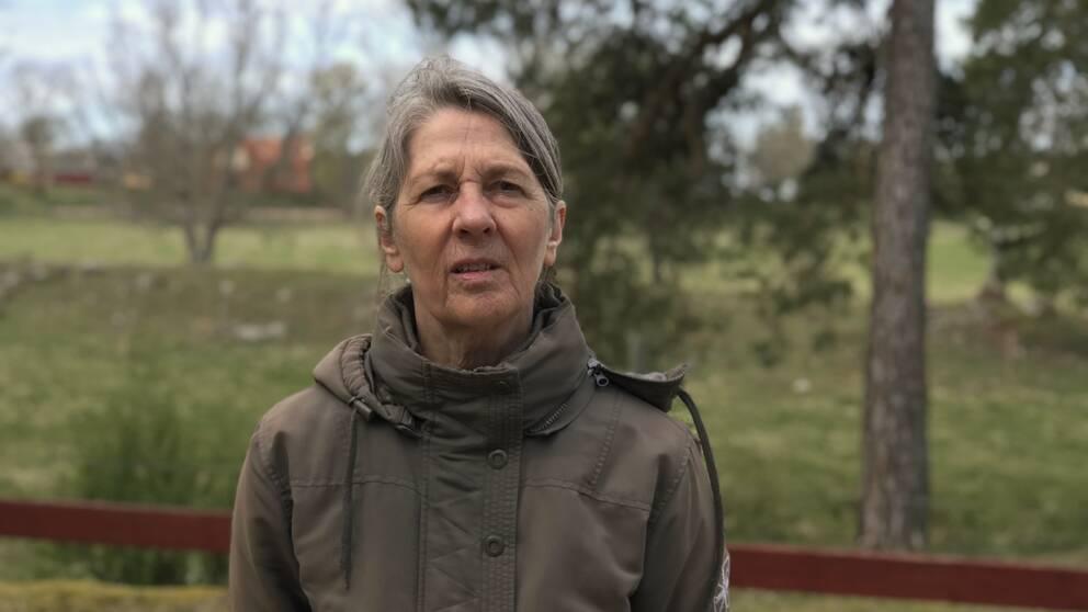 Anna-Lena Bingström framför hagmark