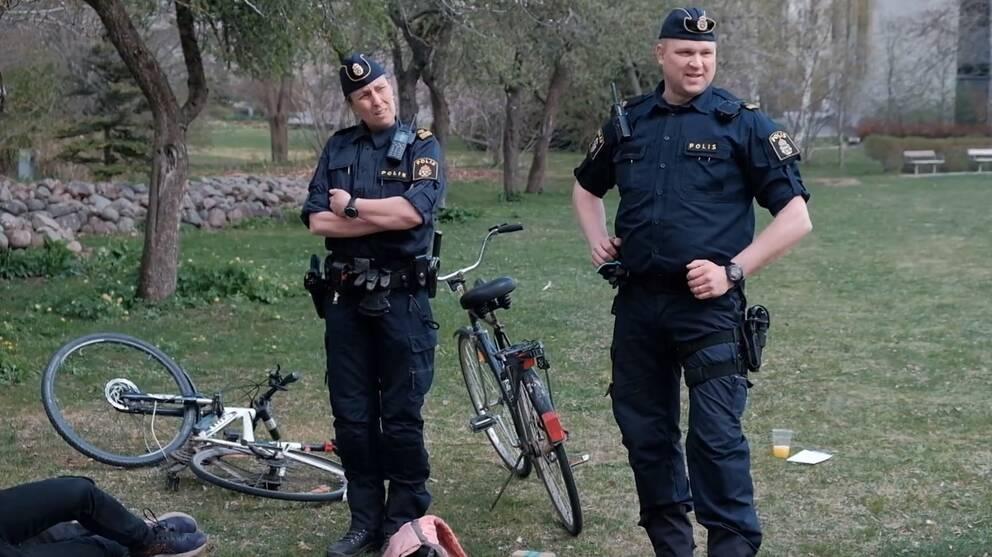 Annika Svensson och Magnus Almerfors, poliser, valborg