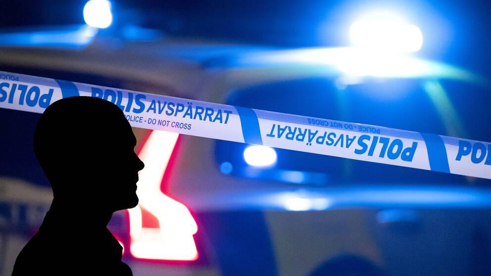 En svensk artist misshandlades och förnedrades i ett klipp som spreds på sociala medier.