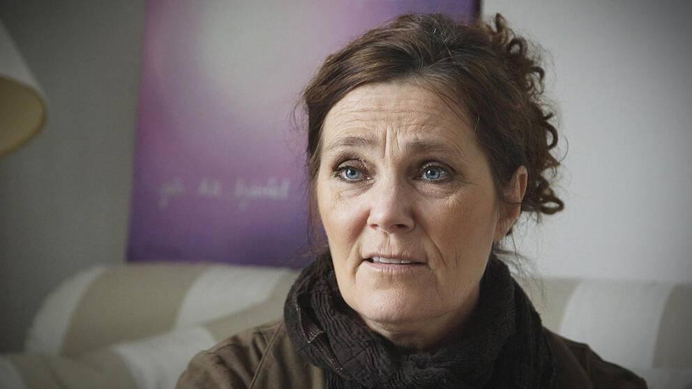 Anna Ström förlorade sin son efter att han köpt droger från en nätbutik.