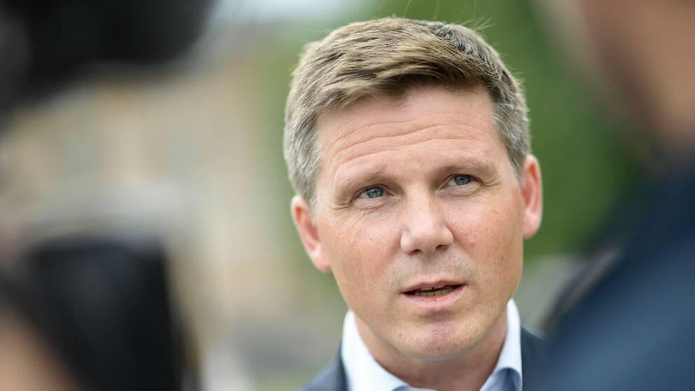 Erik Ullenhag i juni 2019 när han gav sig i partiledarkampen
