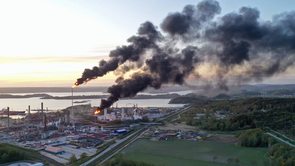 Brand på Borealis i Stenungsund