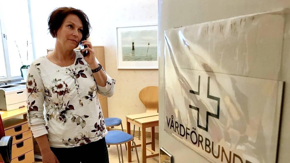 Hör Camilla Gustafssons krav till sjukvårdsledningen.