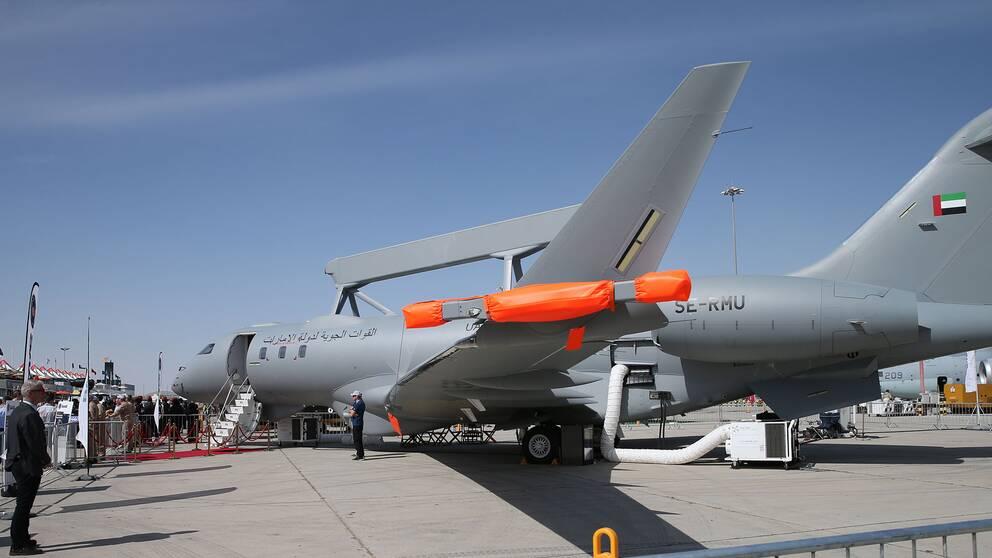Saab visar övervakningsflygplanet Global Eye på Dubai air show i Förenade Arabemiraten 21 november 2019.