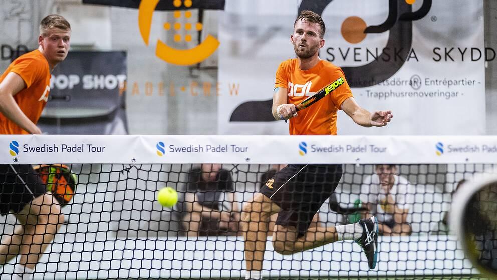 Pierre Bonfré och Viktor Stjern under SM-finalen i padel i Helsingborg förra året.