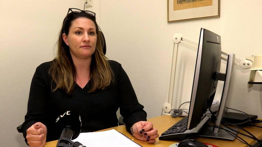Hör polisen Lina Bergman berätta om varför brotten ökar.