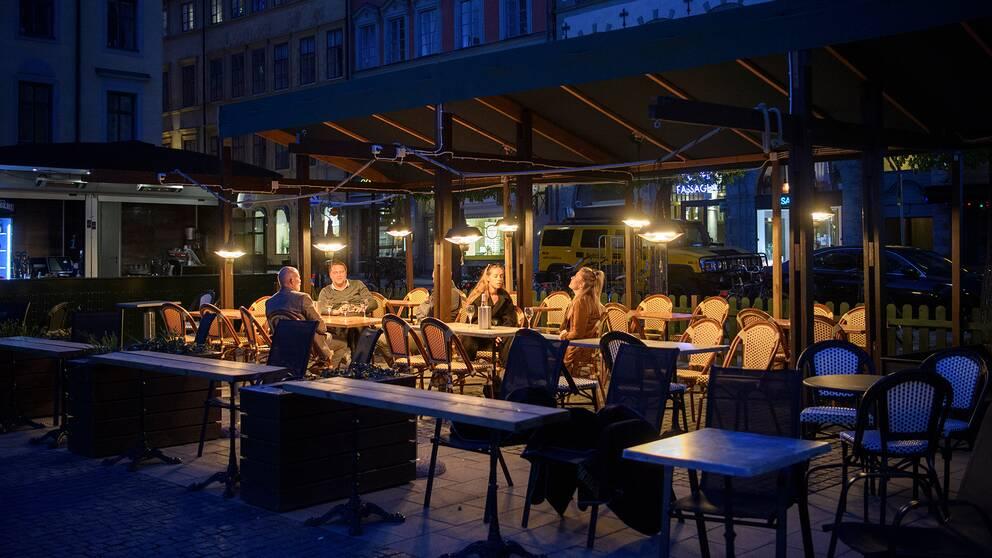 Hotell- och restaurangbranschen drabbas hårt under coronapandemin.