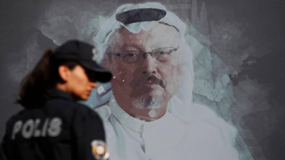 Bild på en målning som föreställer journalisten Jamal Khashoggi. Arkivbild.