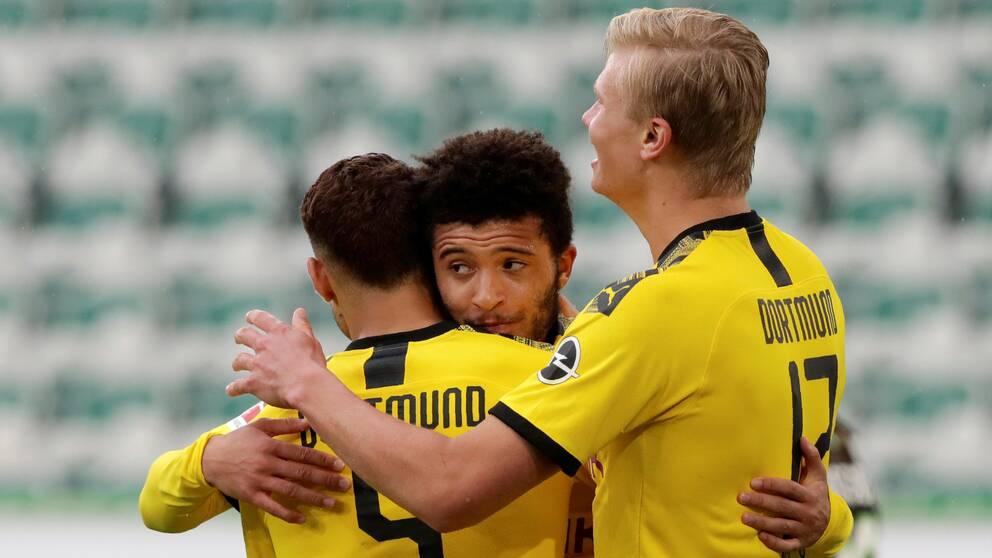 Dortmund fortsätter att trivas mot Wolfsburg.