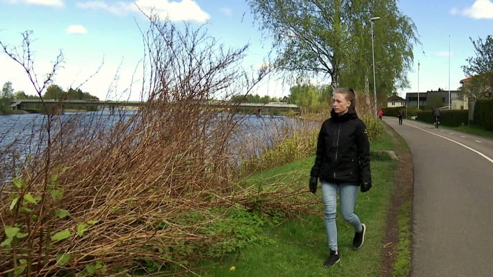 I klippet berättar kommunekolog Linnéa Skarped om problemen i Karlstads kommun.